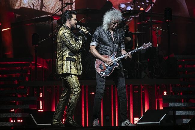 Queen-Adam-Lambert-9