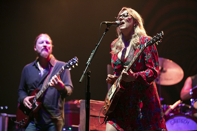 Tedeschi-Trucks-Band-1