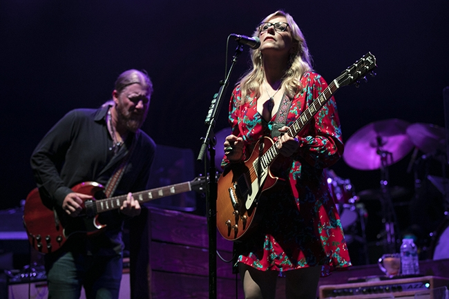 Tedeschi-Trucks-Band-3