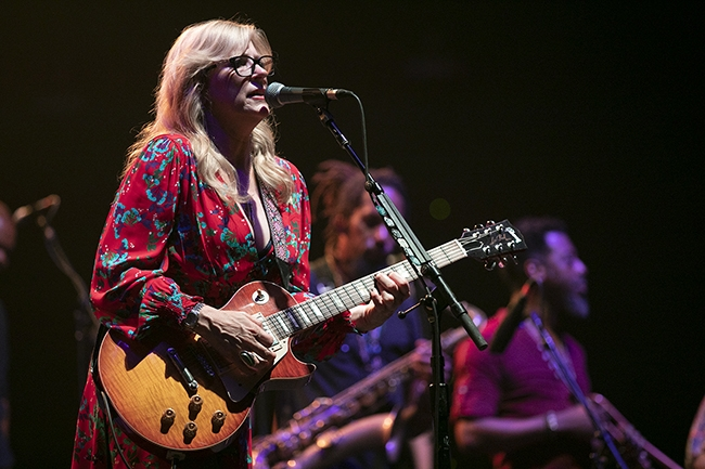 Tedeschi-Trucks-Band-7