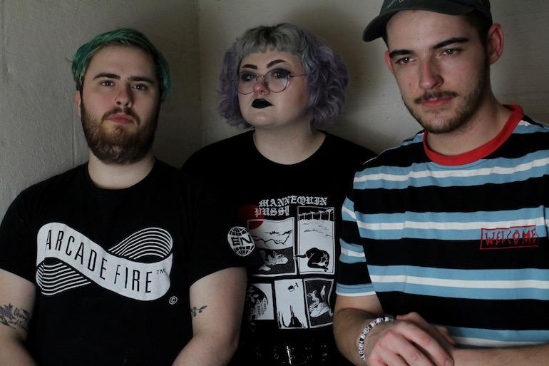 Charlotte emo trio heckdang