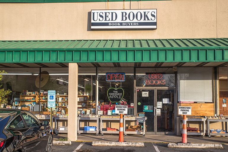Book Buyers in Plaza Midwood